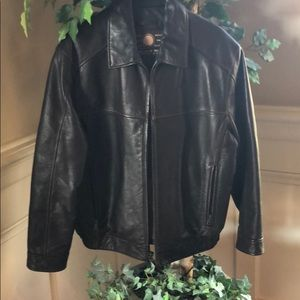 Andrew Marc New York Men's Leather Bomber Jacket